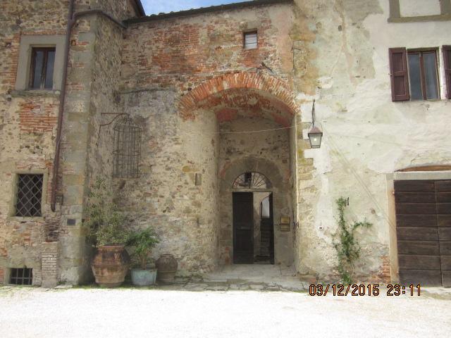 Двор замка Сорчи Ареццо