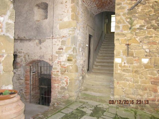 Лестницы замка Сорчи Ареццо