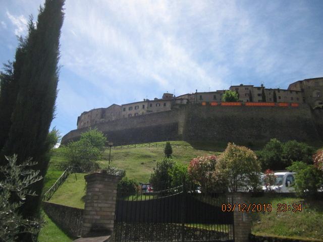 Путешествия по Тоскане, Крепость Ангиари